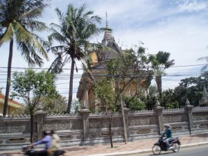 pretty temples on the way to Kandala Province